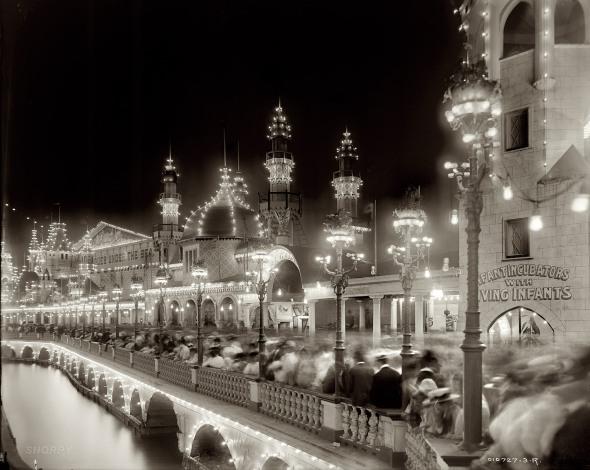 Coney Island. 1905.