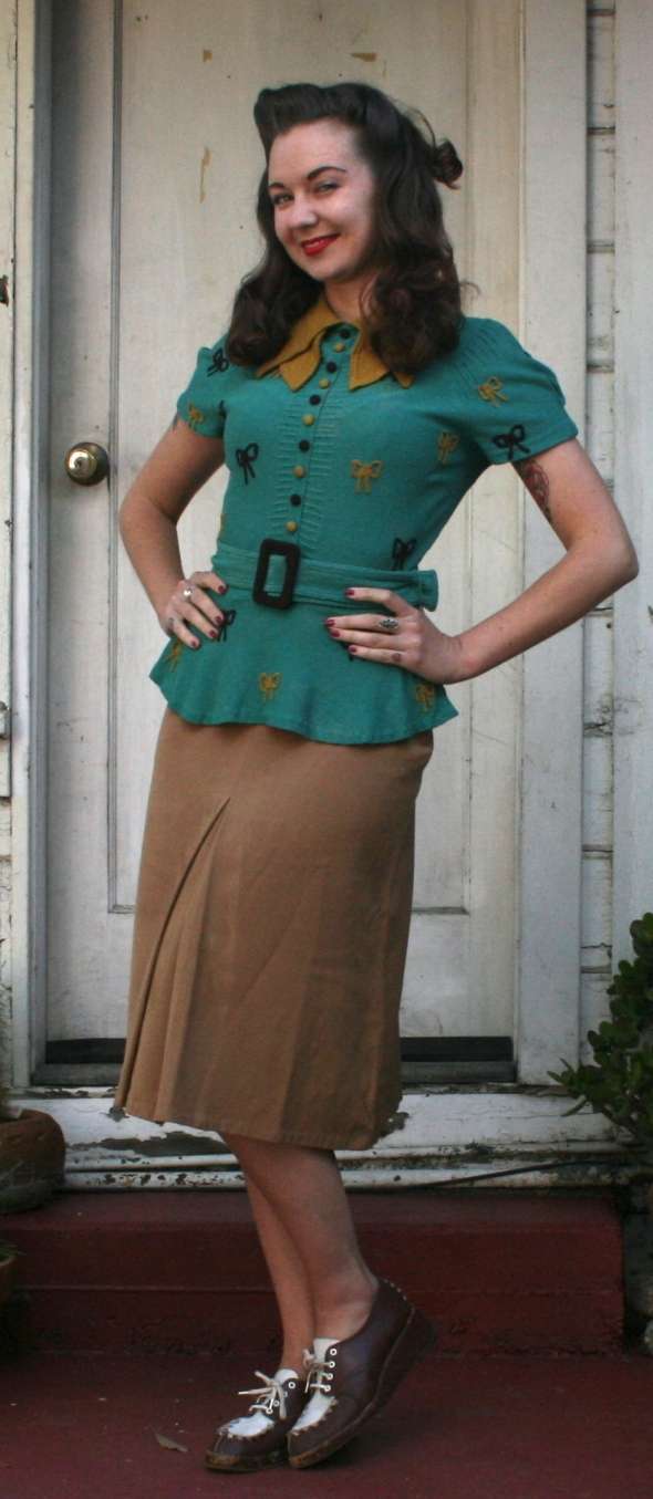 vintage bow blouse