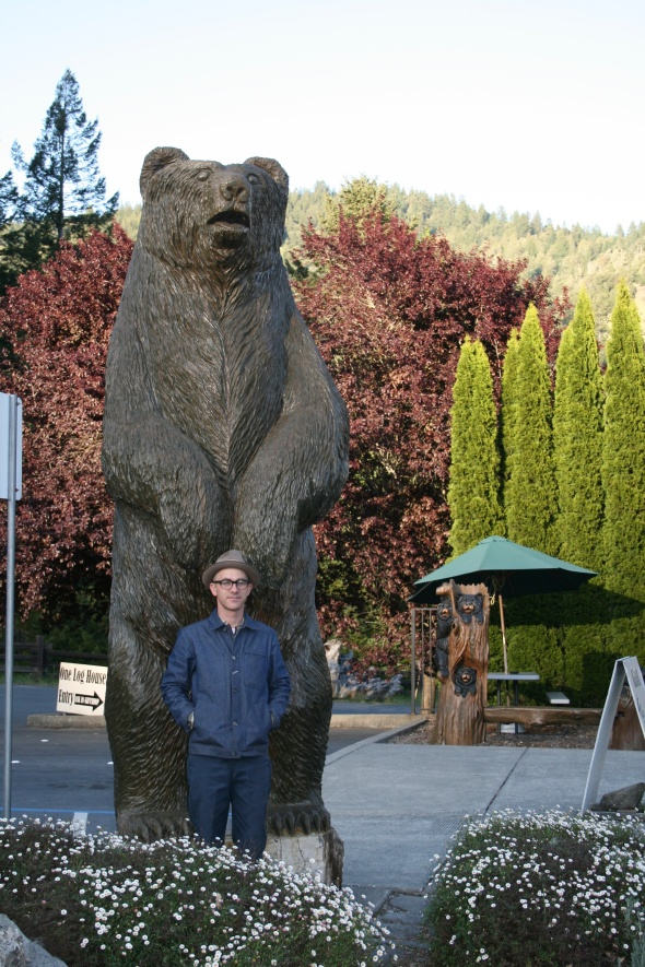 Derek demonstrating the human to bear size difference...yikes!